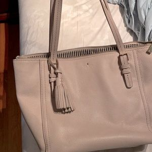 Sale***Kate Spade leather tote with soft leather!